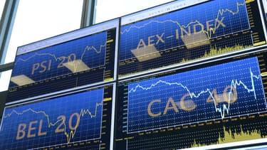 La Bourse de Paris a clôturé la semaine juste en-dessous des 4.000 points, dopée par le secteur bancaire et le pétrole.