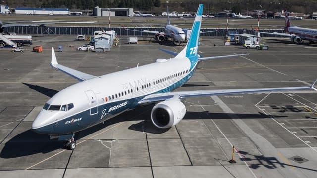L'agence fédérale de l'aviation (FAA) américaine accuse Boeing de lui avoir caché des documents importants liés à la certification du 737 MAX.