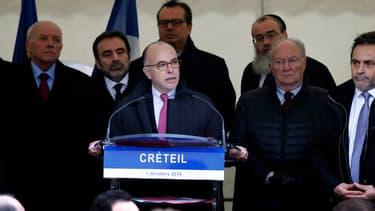 Bernard Cazeneuve à Créteil, le 7 décembre 2014.