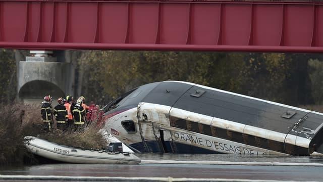 Le déraillement d'un TGV en 2015 qui a causé la mort de 11 personnes.