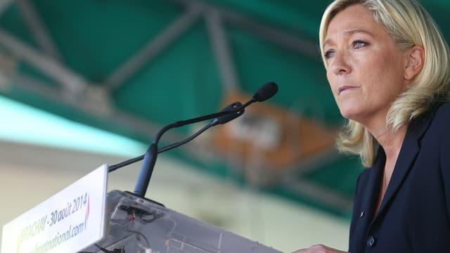 Marine Le Pen a brossé le portrait de la dirigeante qu'elle serait si elle parvenait à l'Élysée.
