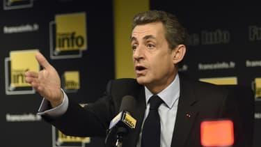 """Nicolas Sarkozy a qualifié le régime de l'auto-entrepreneur de """"caillou dans sa chaussure""""."""