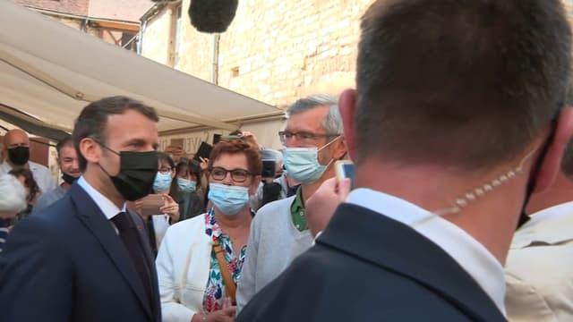 Le président de la République Emmanuel Macron en déplacement à Martel (Lot), le 3 juin 2021.