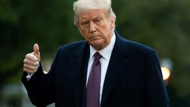 Le président américain Donald Trump à son retour à la Maison Blanche, après avoir fait campagne dans le New Jersey, le 1er octobre 2020