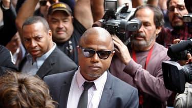 """Randy Jackson, le frère de Michael Jackson, à son arrivée à Los Angeles pour le procès au civil de la mort de du """"roi de la pop"""" qui s'est ouvert lundi. Les avocats de la famille du chanteur veulent faire reconnaître la responsabilité du promoteur de conc"""