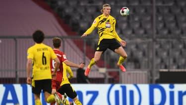 L'envol de Erling Haaland lors de Bayern-Dortmund