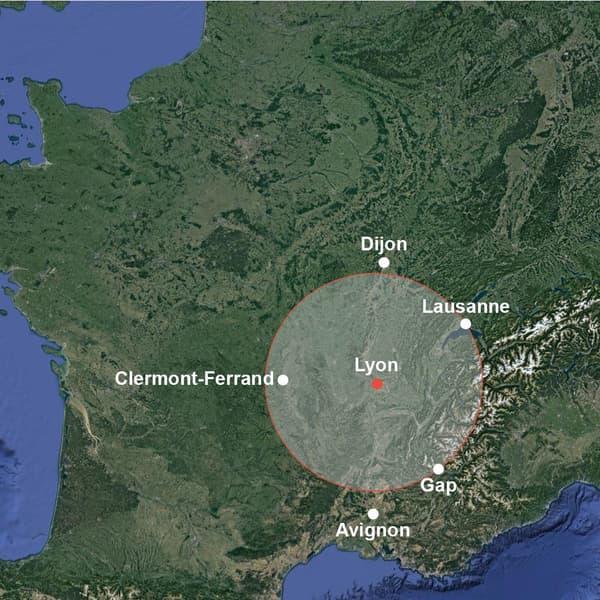 Infographie imaginant les feux australiens s'ils partaient de Lyon.