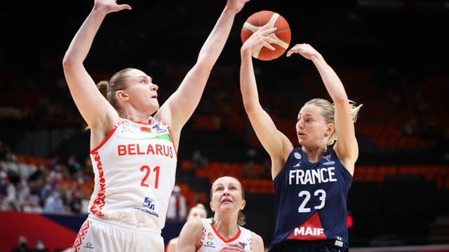 Marine Johannes face à la Biélorussie en demi-finale de l'Euro.