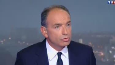 Jean-François Copé, le secrétaire général de l'UMP, a dénoncé la politique du gouvernement, notamment concernant l'économie.