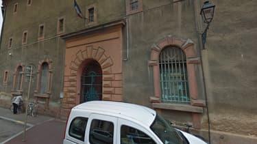 L'évasion s'est produite à la prison de Colmar.