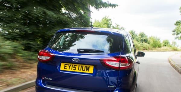 Avec une motorisation 2.0 TDCI de 140 chevaux, Ford annonce un 0 à 100km/h en 9,2 secondes pour le C-Max.