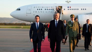 Manuel Valls aux côtés de son homologue Abdelmalek Sellal