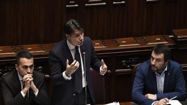 """""""Il reste encore beaucoup à faire"""" reconnait le vice-président du Conseil italien, Luigi Di Maio (à gauche) pour aplanir les divergences qui pesistent autour du budget, présenté ce jeudi."""