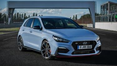 La i30N, premier modèle à porter la lettre de la nouvelle gamme sportive de Hyundai.