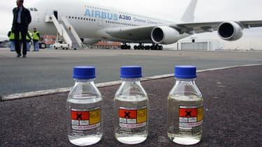 Le 1er février 2008, l'Airbus A380 a effectué un vol d'essai en utilisant dans ses moteurs un mélange de kérosène et de biocarburant obtenu à partir d'une synthèse du gaz naturel. (image d'illustration).