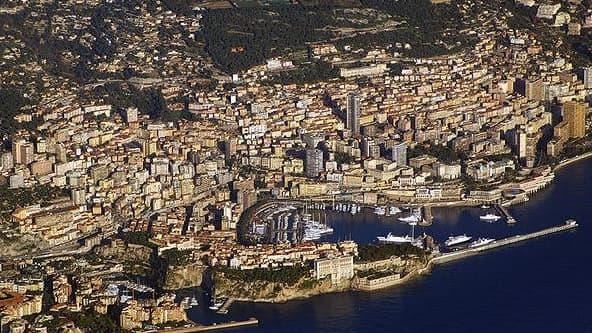 Vue aérienne de Monaco, la principauté qui va gagner 6 hectares sur la mer