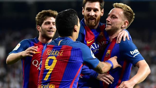 Après avoir subi les nombreux coups des joueurs du Real Madrid, Lionel Messi s'est vengé en claquant un doublé à Santiago-Bernabeu, lors de la victoire du Barça dans le clasico (2-3).