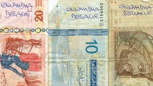 En Tunisie, c'est le parti au pouvoir, Ennahda, qui est visé sur les billets de banque.