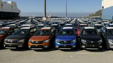 Des Dacia sur le port de Tanger (Maroc), où le Groupe Renault dispose d'une usine.