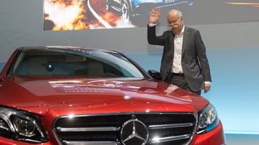 Le PDG du groupe Daimler Dieter Zetsche a dévoilé un plan ambitieux lors des TechDays du groupe.