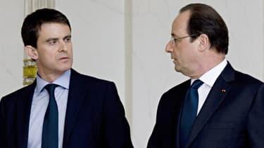 Manuel Valls et François Hollande face à la grogne des retraités