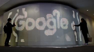 Google paie une amende de 7 millions d'euros pour stopper des poursuites en Russie