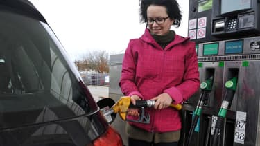 Les Parisiens ont moins profité de la baisse des prix à la pompe que les autres Français