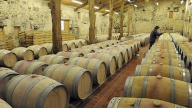 Wengcheng Li, un architecte chinois possédant déjà deux propriétés viticoles dans le Bordelais, a acheté le château La Fleur Jonquet, situé dans les Graves. Des investisseurs chinois ont repris une trentaine de propriétés dans le vignoble de Bordeaux depu