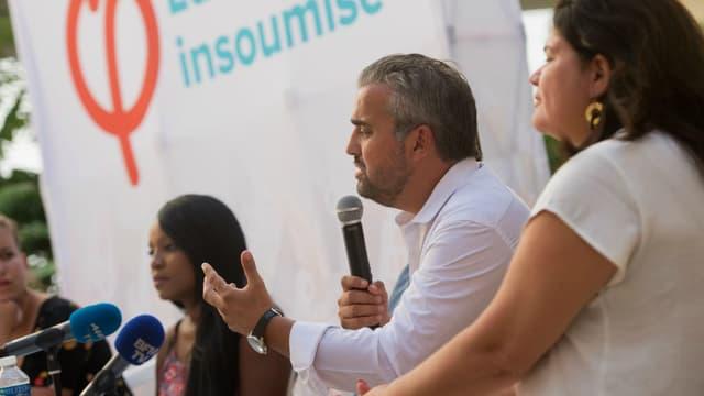 Alexis Corbière et Raquel Garrido lors d'une conférence à Marseille le 25 août 2017.