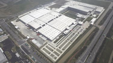 L'usine de production (165.000 mètres carré ) située à 100 km de Shanghai, alimente tout le le marché asiatique pour Lego.
