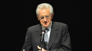 Mario Monti avait annoncé qu'il présenterait sa démission une fois le budget 2013 adopté