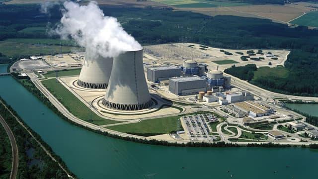 Ce lundi matin, des militants de Greenpeace sont entrés sur le site de la centrale nucléaire de Nogent-sur-Seine (Aube).