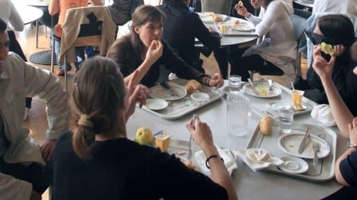 L'été est le moment idéal pour les managers de prendre le temps de déjeuner avec leurs collaborateurs pour nouer des liens.