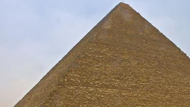 La pyramide de Khéops, le 13 juin 2002