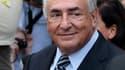 """Dominique Strauss-Kahn après l'annonce de l'abandon des poursuites contre lui à New York. L'ancien patron du FMI dit avoir vécu un """"cauchemar"""" depuis son inculpation pour tentative de viol, mi-mai. /Photo prise le 23 août 2011/REUTERS/Lucas Jackson"""