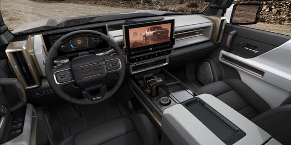 L'intérieur du Hummer électrique