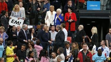 Brigitte Macron et Line Renaud lors du meeting de Bercy le 17 avril