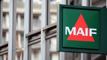 L'application fournie par la Maif avec un boîtier détecte automatiquement les trajets effectués et ajuste le coût de l'assurance au temps réel de circulation.