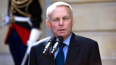Jean-Marc Ayrault a annoncé que la Banque publique d'investissement serait dotée de 20 milliards de fonds propres, pour une capacité totale de 40 milliards.