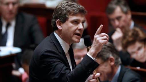 Arnaud Montebourg menace ArcelorMittal de droits de douane sur l'acier, et brandit à nouveau l'arme de la nationalisation temporaire.