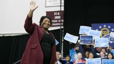 Stacey Abrams pourrait devenir la première femme noire gouverneure des Etats-Unis.