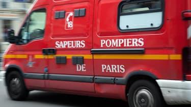 À leur arrivée, les pompiers ont découvert le cadavre brûlé, gisant dans son fauteuil