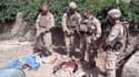 Le corps des Marines américains a promis d'enquêter mercredi sur une vidéo montrant quatre hommes en uniforme de combat de l'unité d'élite américaine en train d'uriner sur les cadavres de trois combattants taliban en Afghanistan. /Image diffusée le 11 jan