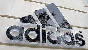 Adidas a mis en place un dispositif de veille
