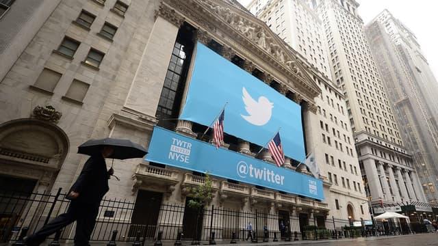 Twitter peine à monétiser son audience de plus de 300 millions d'utilisateurs.