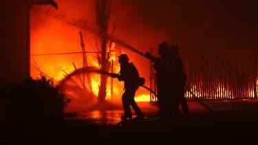 Malgré la mobilisation de 3000 personnes travaillant sur le feu, des incendies continuent de se déclarer en Californie