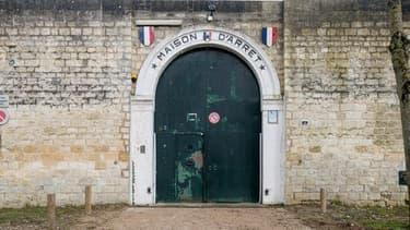 L'ancienne maison d'arrêt de Compiègne en vente sur Leboncoin