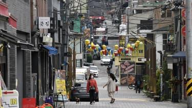 Le quartier d'Itaewon, à Séoul, est connu pour sa vie nocturne.