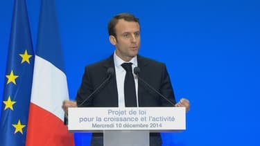 Emmanuel Macron a notamment expliqué que la réforme du travail dominical va donner davantage de souplesse aux élus locaux.