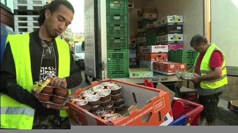 Gaspillage alimentaire: Royal et les distributeurs parviennent à un accord